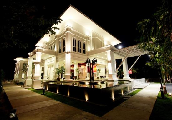 The Old Phuket 4*