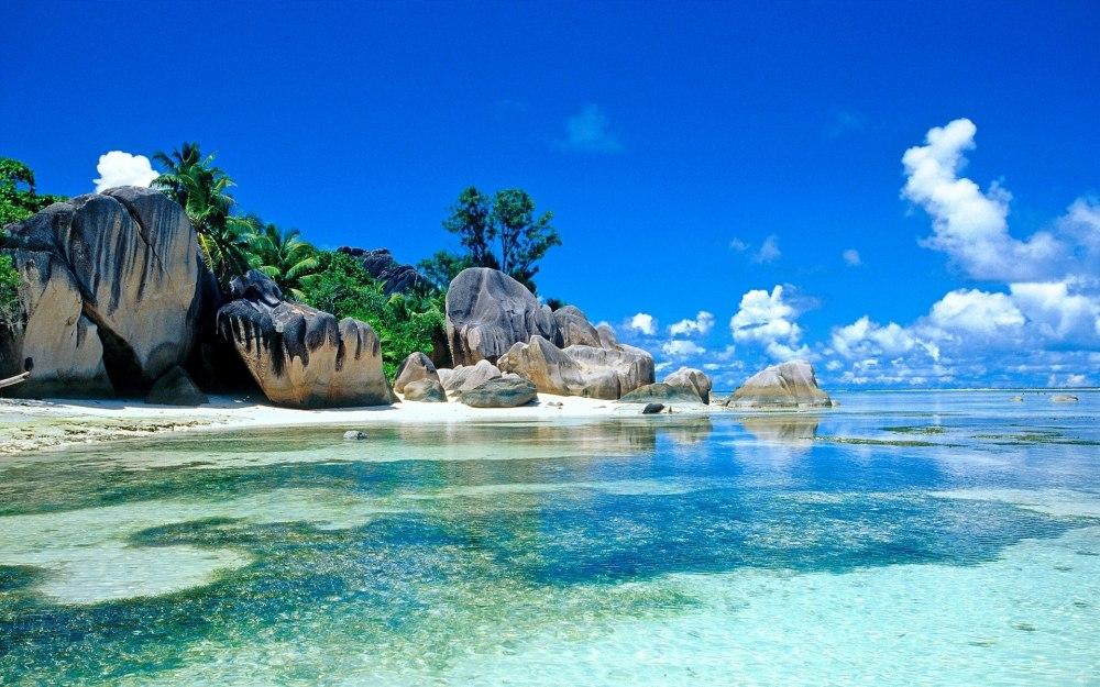 Екскурзия Шри Ланка-екзотичният остров на подправките - Шри Ланка - добре дошли в тропическия рай! Шри Ланка е райски остров, пълен с неочаквани изненади и невероятно разнообразие. Тук ви очакват самобитни местни традиции, древни храмове, красива дива природа и плажове с палми, облени от топлите води на Индийския океан. Легендарният остров на подправките ви зове за приключения... Предстои ви интересен маршрут по най-атрактивните кътчета на острова. Програмата ви завършва с плажна почивка на красивото крайбрежие на Индийския океан.