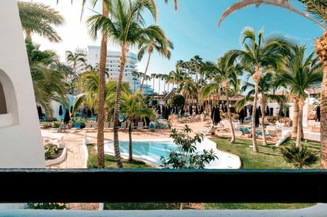 Почивка в JARDIN TROPICAL 4*