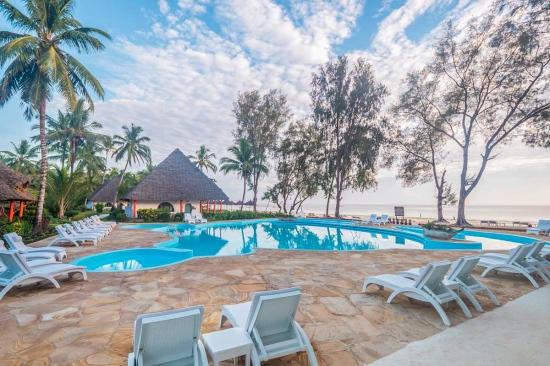 Почивка в Kiwengwa Beach Resort 5*
